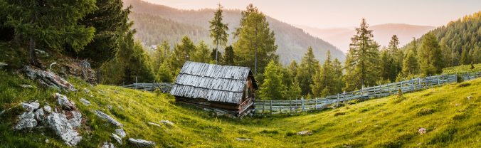 beatiful-landscape-bird-s-eye-view-cabin-2832043